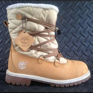 Timberland boot size 5.5 great used condition